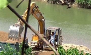 """Lâm Đồng: """"Cát tặc"""" lộng hành, sông Krông Nô kêu cứu"""