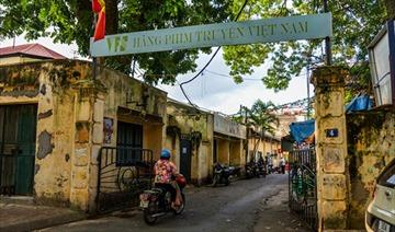 """Hãng phim truyện Việt Nam sắp """"đòi"""" được đất vàng Thụy Khuê và Thái Văn Lung"""