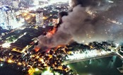 Cháy nhà, ra… cái gì…