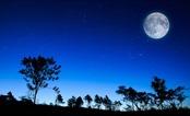 BỐN: Thông điệp từ một đêm trăng
