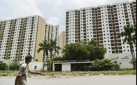 Thị trường địa ốc: Lo ngại khó khăn từ việc siết tín dụng