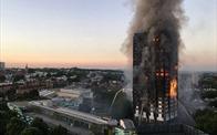 Vụ cháy chung cư London lộ hố sâu giàu - nghèo trong lòng London