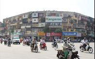"""Hà Nội: Chung cư cũ - những """"miếng vá"""" phá vỡ mỹ quan đô thị"""