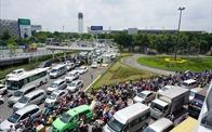 Đề xuất mượn đất quốc phòng mở đường giải cứu sân bay Tân Sơn Nhất