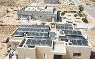 """Đầu tư năng lượng tái tạo: """"Cứu cánh"""" cho tương lai"""