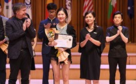 """ABBANK trao tặng giải thưởng cho thí sinh """"Cuộc thi âm nhạc quốc tế cho violin và hòa tấu thính phòng Việt Nam"""""""