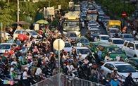 Đề xuất dùng trí tuệ nhân tạo đếm xe vào sân bay Tân Sơn Nhất