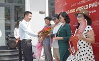 Nhận bàn giao shop thương mại, NĐT Grand World Phú Quốc kỳ vọng thu lời sớm