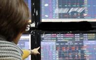 VN-Index tăng thêm gần 9 điểm, giá trị giao dịch vọt lên trên 10.000 tỷ đồng