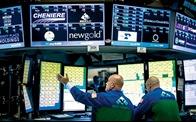 Chứng khoán Mỹ giảm mạnh do nhà đầu tư lo sợ dịch Covid-19 tái bùng phát
