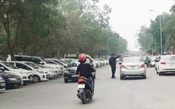 """Chủ tịch Hà Nội chỉ đạo làm rõ vụ nhân viên """"bãi xe lậu"""" Linh Đàm có hành vi côn đồ"""