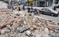 """Giải phóng mặt bằng 262 căn nhà mặt phố, """"đường cong mềm mại"""" Trường Chinh ngổn ngang đổ nát"""