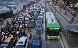 """""""Một mình BRT không giải quyết được các thách thức của giao thông Hà Nội"""""""