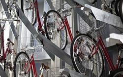 """Ý tưởng """"điên rồ"""" của Nhật Bản: Hầm để xe đạp dưới lòng đất"""