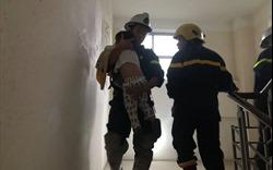 Hà Nội: Cháy tầng 10 chung cư ở Mỹ Đình, cảnh sát cứu thoát nhiều người