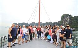Đoàn khách IREC 2018 ấn tượng với du lịch Quảng Ninh