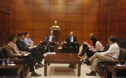 Chủ tịch VNREA tiếp đại diện Ngân hàng thế giới