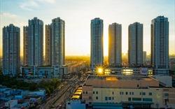 Bị kiểm soát chặt tín dụng: Thế khó của bất động sản năm 2019?