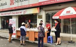 SeABank trao tặng 35,2 tấn gạo cho người nghèo trong mùa dịch Covid-19