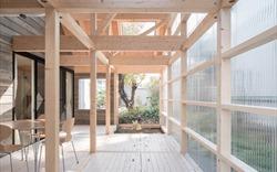 Ngắm 12 ngôi nhà hứng trọn ánh sáng như studio nhờ vật liệu polycarbonat