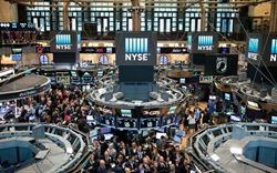 Dow Jones tăng gần 2.000 điểm nhờ gói hỗ trợ 50 tỷ USD