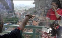 """Sau vụ cháy Công ty Rạng Đông, có chung cư tới 90% dân đã """"di tản"""""""