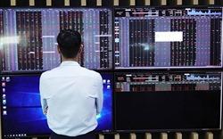 Chứng khoán cần thời gian lấy lại niềm tin nhà đầu tư