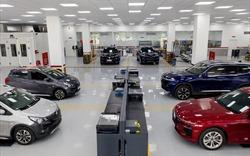 VinFast tặng lệ phí trước bạ cho khách mua xe Lux