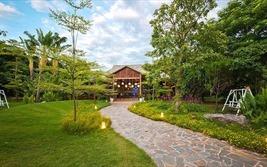 """Quận Tây Hồ (Hà Nội): Đất trồng cây xanh, sân chơi thành """"nhà hàng công viên nhỏ"""""""