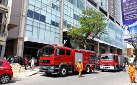 Đà Nẵng: Cháy chung cư 27 tầng, hàng trăm người dân tháo chạy trong hoảng loạn