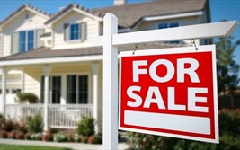 Ngân hàng ồ ạt bán nợ xấu bất động sản: Cảnh báo dấu hiệu bất thường