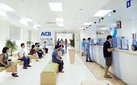 Lợi nhuận ACB tăng không thường xuyên?