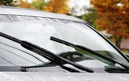 Tìm hiểu về nước rửa kính ôtô, cách tự pha dung dịch tại nhà