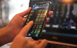 VIC tăng trần, VN-Index lên hơn 13 điểm trong phiên 2 quỹ ETF cơ cấu