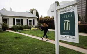 Thị trường bất động sản Mỹ trì trệ, lãi suất mua nhà thấp kỷ lục,