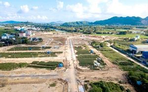 Bất động sản 24h: Ôm tiền tỷ về quê buôn đất, đại gia Hà Nội tạo sóng và ăn đậm