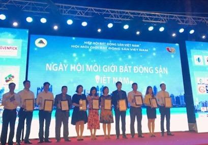 Sôi động Ngày hội môi giới BĐS Việt Nam 2017